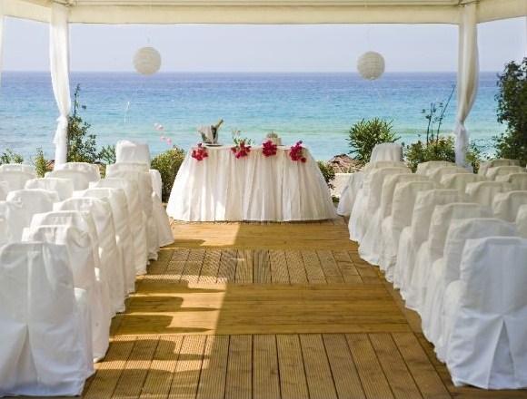 Expert Sarasota wedding DJ Al Garcia entertains at beach weddings.